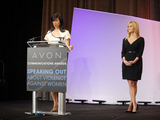 Andrea-jung-podium-with-reese-witherspoon-sm
