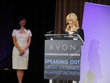 Reese-witherspoon-podium-with-andrea-jung-sm