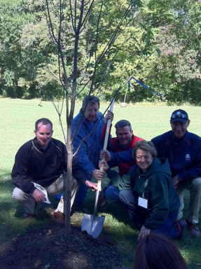 Volunteers Plant Trees at the PGA Event