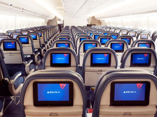 747 Economy in-flight entertainment