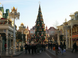 Forty-three-percent-americans-planning-travel-festive-season-this-year-sm