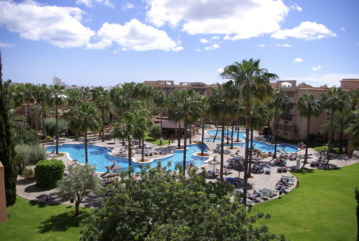 TripAdvisor's 2012 Travelers' Choice Hotels for Families named Protur Bonaire Aparthotel in Cala Bona, Spain among the top world large hotels for families.