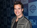 50254-antonio-sabato-jr-at-meltdown-comics-for-classic-batman-product-launch-sm