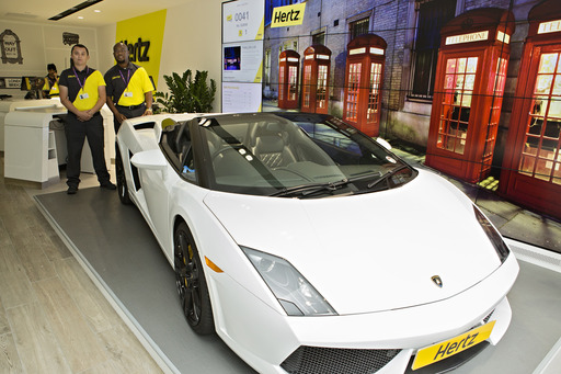 Lambo at Marble Arch Showcasing Hertz's unique and exciting rental cars, a Lamborghini is on display at Hertz's central London Marble Arch location.