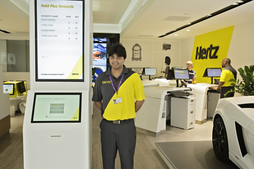 MarbleArch_Concierge A concierge from Hertz's Marble Arch location greets customers in the Company's newly redesigned rental location.