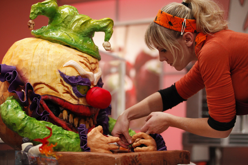 Competitor on Season 2 of Food Network's Halloween Wars