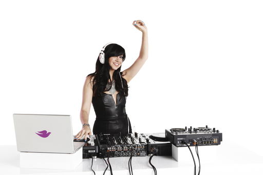 Dove® go fresh™ DJ Jessica Who