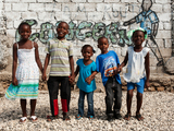 51797-children-standing-in-front-of-a-wall-sm