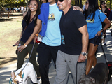 Cesar-millan-dog-owners-pack-walk-4683-sm