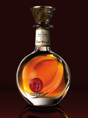 Ron BACARDÍ de Maestros de Ron, Vintage, MMXII—a limited-edition BACARDI blend, by eight family master blenders, honors 150 years of Bacardi rum-making expertise and craftsmanship.