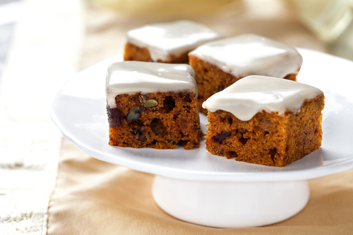 These bite-sized cakes explode with fall ingredients like cinnamon, nutmeg, maple syrup and pumpkin. Canola oil's neutral taste allows these warm flavors to shine.