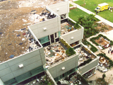 53682-hurricaneandrew1992-building-destructionexteriorview-sm