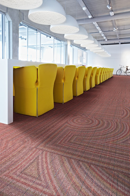 Desso's new New innovative CARPETECTURE® collection Patterns@Play gives identity to large spaces - Visions of Lines 4411.