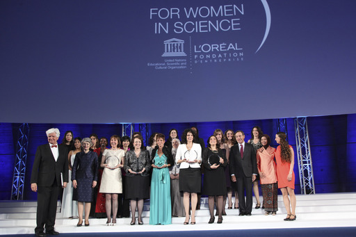 The 2012 Laureates and International Fellows gathered on stage after a week dedicated to exciting scientific exchanges.