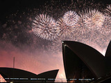 Tourism-australia-new-years-eve-fireworks-2-sm