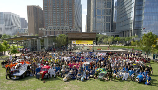 More than 1,000 high school and university students from across the Americas competed at Shell Eco-marathon Americas 2012 in Houston with their supermileage vehicles able to achieve more than 2,500 mpg.