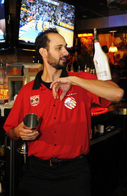 2010 Fan Favorite winner Brad Kaplan of Thornton, Colo., is making a return to the 2011 World Bartender Championship as one of nine finalists competing to be crowned world champ