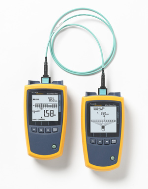 Fluke Networks' new MultiFiber™ Pro Optical Power Meter and Light Source, the industry's first MPO (Multi-Fiber Push On) fiber trunk tester that validates the performance of all 12 trunk fibers in a single test.