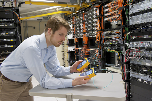 Fluke Networks MultiFiber Pro Cuts Testing Time of Fiber Trunks by 95 Percent.