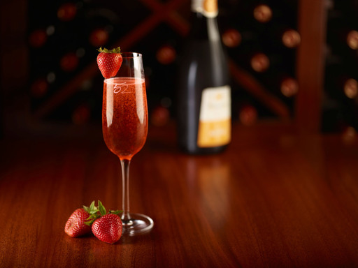 Fresh Strawberry-Infused Prairie Organic Vodka, Organic Agave Nectar & Zardetto Prosecco