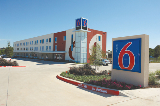 Renovated Motel 6 properties feature innovations such as 80 percent recycled material flooring, low-flow toilets, high-efficiency laundry equipment and energy-efficient lighting.