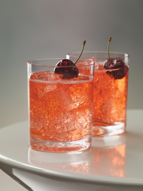 GREY GOOSE Cherry Noir Cherry Moon - Irresistibly mixed, this cocktail combines GREY GOOSE Cherry Noir Flavored Vodka with lemon-lime soda and a touch of grenadine.