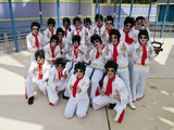 Elvises-ready-to-fly-skyscreamer-six-flags-sm