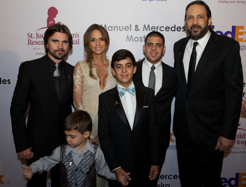 Juanes, Karen Martinez, Juan Luis Guerra and St. Jude Children's Research Hospital Patients  Victor, Stephan and Carlos