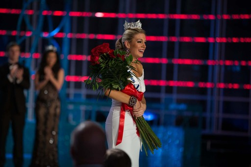 Mallory Hagan during her crowning moment of Miss America  2013