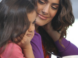 56145-salma-hayek-with-girl-photo-sm