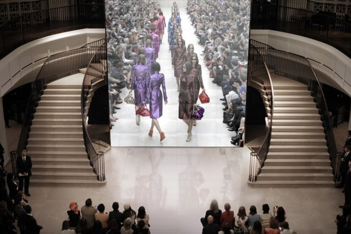 Burberry Prorsum Womenswear Spring/Summer 2013 Live Show from Burberry Regent Street