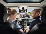 07_sartre_-_couple_talking_in_car-sm
