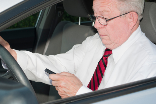 Mobile Web Use Increases For All Drivers