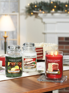Yankee Candle:  THE BEST HOLIDAY MEMORIES HAVE A SCENT ALL THEIR OWN