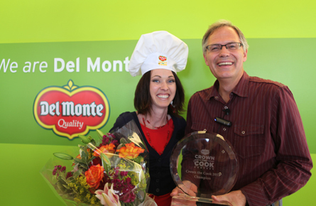 Del Monte Crown the Cook Champion Carmell Childs Celebrates her victory with Del Monte Foods Chief Executive Officer David West.