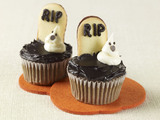 Tombstone-cupcakes-sm