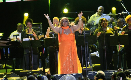 Aretha Franklin performing on the Mainstage of the 2012 ESSENCE Music Festival (credit, Makeda Peterson)