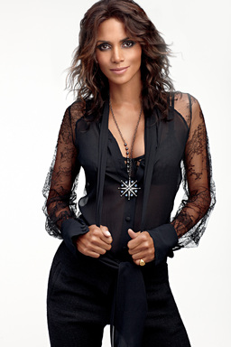 Halle Berry invites You To Get Closer With The New Scent Of Attraction For Her