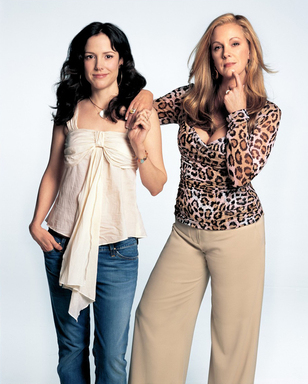 "Elizabeth Perkins with Mary Louise Parker in ""Weeds"""