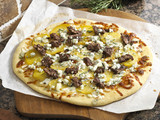 57745-steak-and-potato-pizza-picture-sm