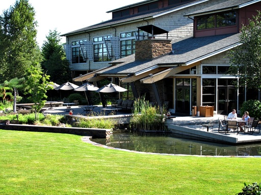 The Cedarbrook Lodge in Seattle, Washington is the #1 airport hotel according to TripAdvisor travelers.