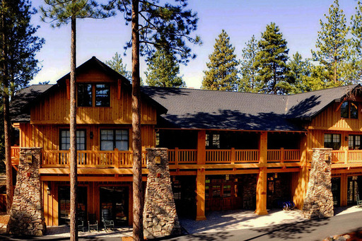 Among the TripAdvisor top pet-friendly properties in the U.S. is the Five Pine Lodge & Spa in Sisters, Oregon. (A TripAdvisor traveler photo)