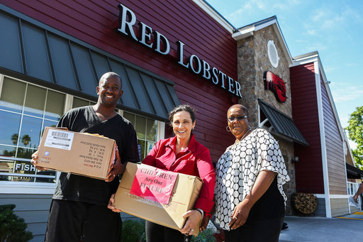 Red Lobster restaurants donate plateware to local hunger relief agencies and Habitat for Humanity ReStore resale outlets across North America.