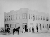58204-golden-gate-then-hotel-nevada-in-1906-sm