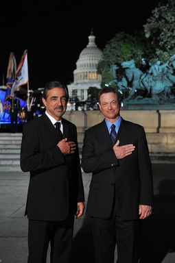 "Joe Mantegna (""Criminal Minds"") and Gary Sinise (""CSI: New York"") co-host the inaugural broadcast of PBS's NATIONAL SALUTE TO VETERANS airing Sunday, November 11 at 8 pm ET.  Credit: Capital Concerts"