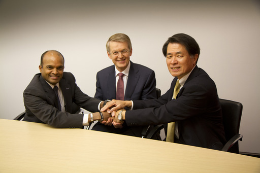 Caption: (L-R) Raj Nair, Ford Motor Company, Prof. Thomas Weber, Daimler AG, and Mitsuhiko Yamashita, Nissan Motor Co., Ltd.