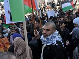 Abdullah_joins_a_demonstration_in_palestine-sm