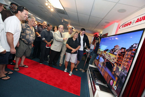 Consumers get their first look at LG's 84-inch Ultra HD TV