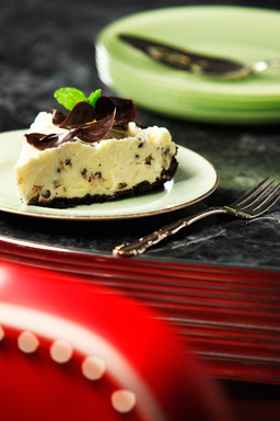 Frozen desserts such as Frozen Grasshopper Pie became popular in the U.S. in the 1950s. Using canola oil in the crust makes it significantly lower in saturated fat than the typical version.