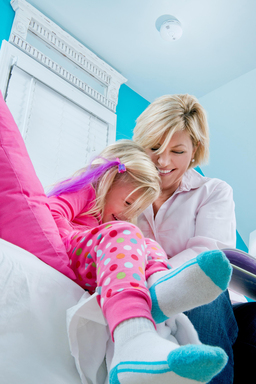 Kidde's Worry-Free Bedroom alarm contains a sealed lithium battery to provide a decade of protection.